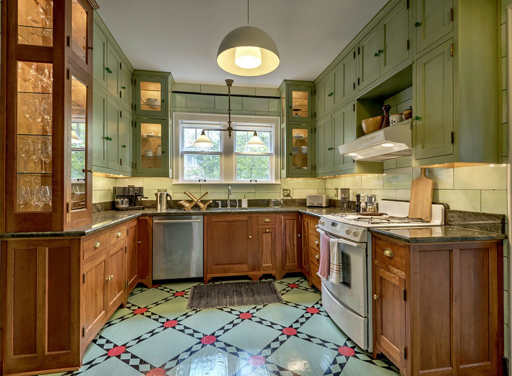 Kitchen Painting-Fort Myers Home Remodeling Team-We do kitchen & bath remodeling, home renovations, custom lighting, custom cabinet installation, cabinet refacing and refinishing, outdoor kitchens, commercial kitchen, countertops and more