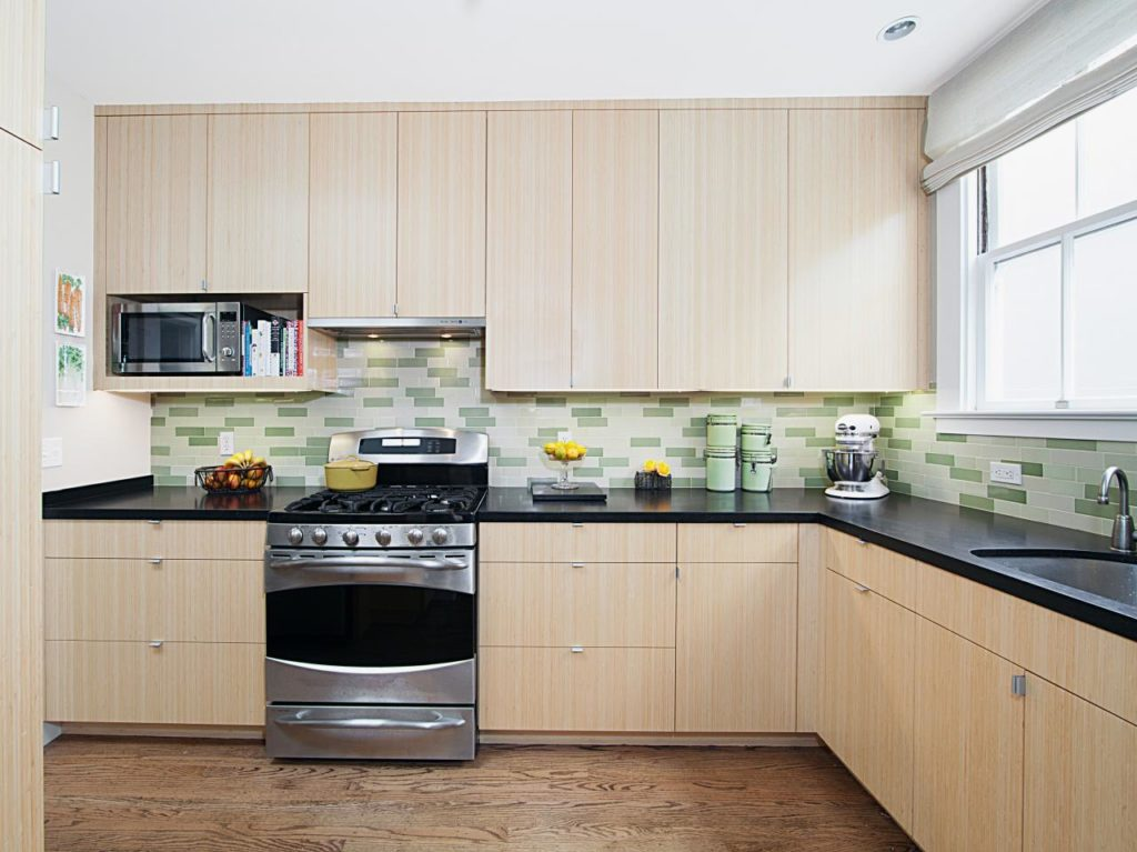 Kitchen cabinet-Fort Myers Home Remodeling Team-We do kitchen & bath remodeling, home renovations, custom lighting, custom cabinet installation, cabinet refacing and refinishing, outdoor kitchens, commercial kitchen, countertops and more