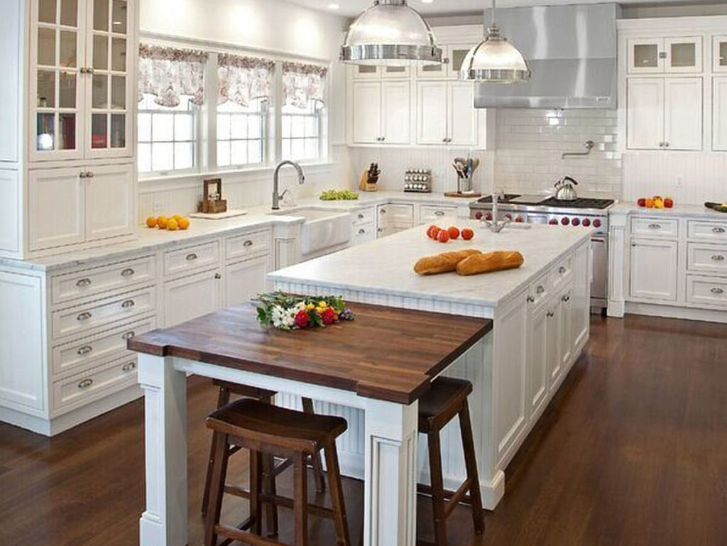 Traditional kitchens-Fort Myers Home Remodeling Team-We do kitchen & bath remodeling, home renovations, custom lighting, custom cabinet installation, cabinet refacing and refinishing, outdoor kitchens, commercial kitchen, countertops and more