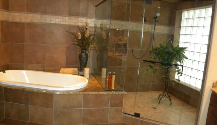 Tub and Shower Installation-Fort Myers Home Remodeling Team-We do kitchen & bath remodeling, home renovations, custom lighting, custom cabinet installation, cabinet refacing and refinishing, outdoor kitchens, commercial kitchen, countertops and more